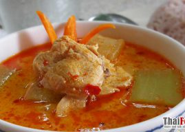 Chicken and winter melon curry